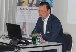 """""""Karriere maßgeschneidert"""" bei der Gerry Weber International AG"""